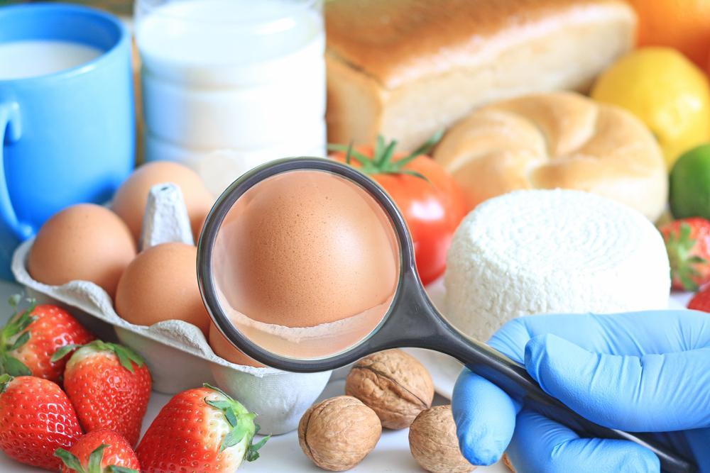 Difference Between Food Allergies & Sensitivities