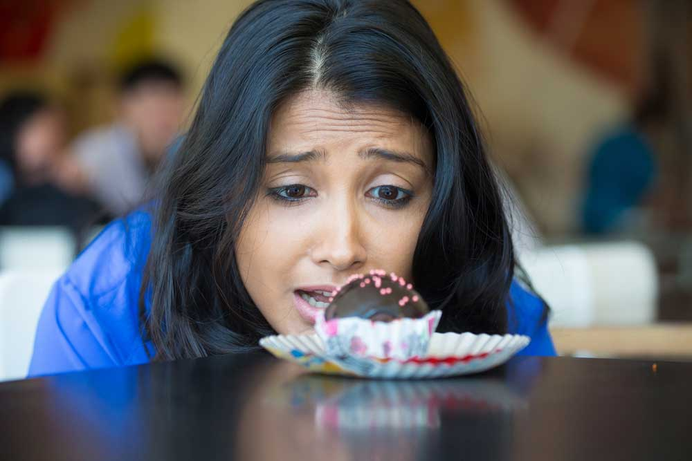 How to Control Cravings and Eat Healthy